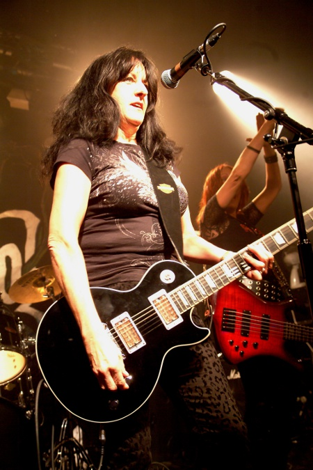 girlschool raven